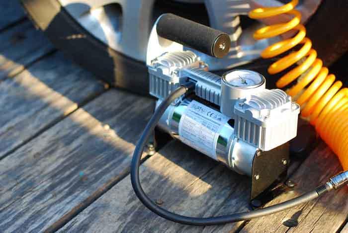 Почему жизненно важно иметь при себе автомобильный компрессор?